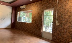 Cách dán giấy dán tường đơn giản đẹp không cần thuê thợ