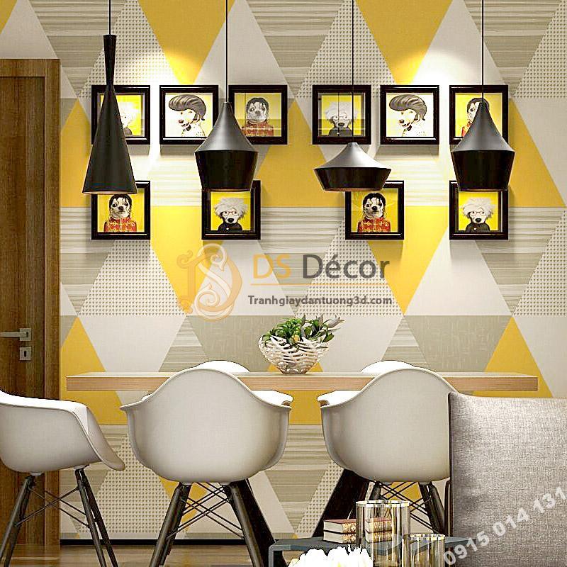 Giấy dán tường họa tiết hình học tam giác 3D091 màu vàng tươi sử dụng trong quán ăn