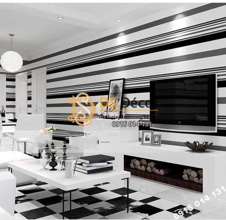 Dán ngang Giấy dán tường kẻ sọc đen trắng 3D092 kết hợp sàn gạch trắng đen và nội thất tone màu đen trắng