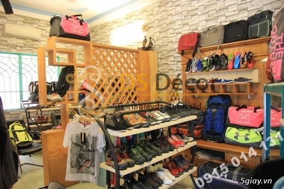 Shop thời trang với Giấy Dán Tường 3D Giả Gạch Đá 3D080