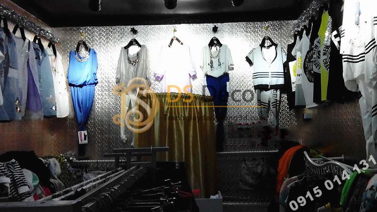 Giấy dán tường khảm vàng bạc màu trắng óng ánh 3D182 trang trí shop quần áo