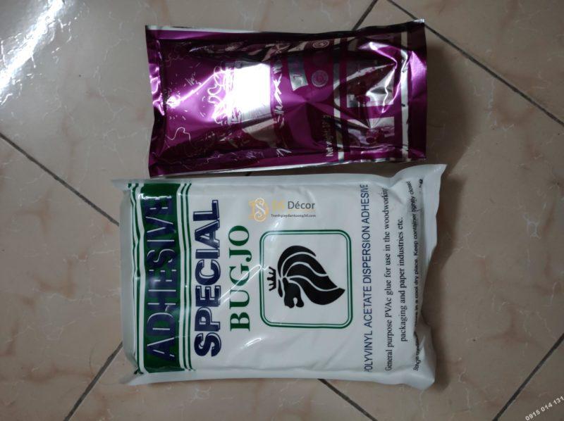 Keo dán tặng kèm khi mua giấy dán tường DS Decor