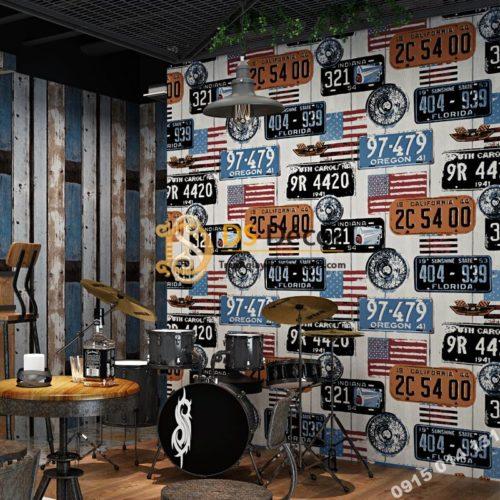 Giấy dán tường họa tiết biển số xe kiểu Mỹ 3D307 tông xanh quán cafe